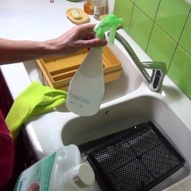 Le nettoyage des incubateurs (couveuses artificielles)